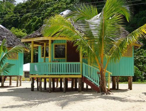 Fale sur la plage - Samoa