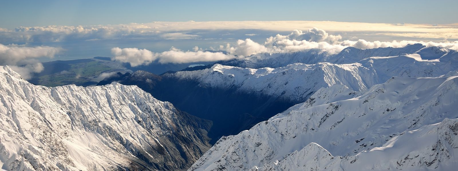Scenic flight above the Southern Alps