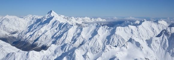 Alps with Snow | New Zealand Holidays