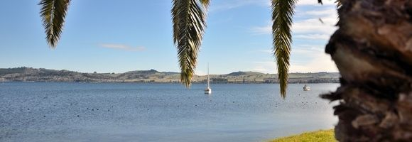 Taupo Lake | New Zealand Holidays